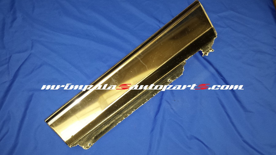 80-90 Caprice Wagon Quarter Panel Moulding Right