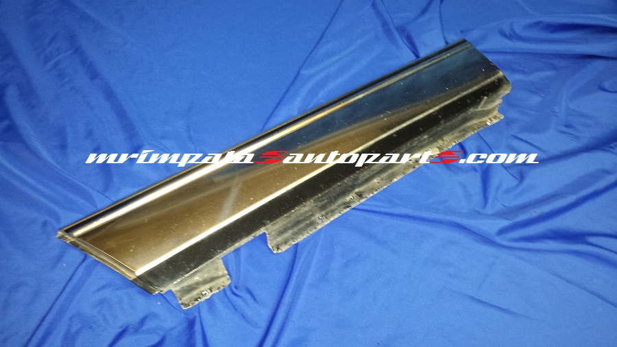 80-90 Caprice Wagon Quarter Panel Moulding Left