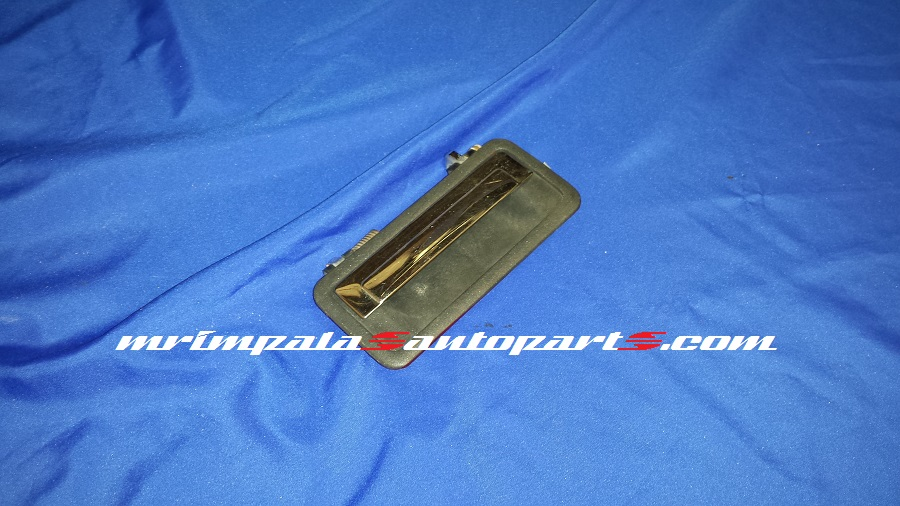 94-96 Chevy Caprice,9c1 Left Outer Door Handle
