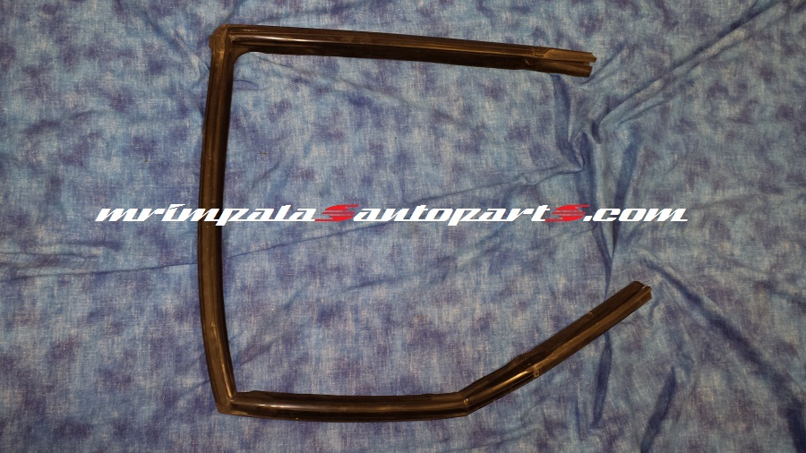 94 95 96 Impala SS Caprice 9c1 Right Front Door Run Channel