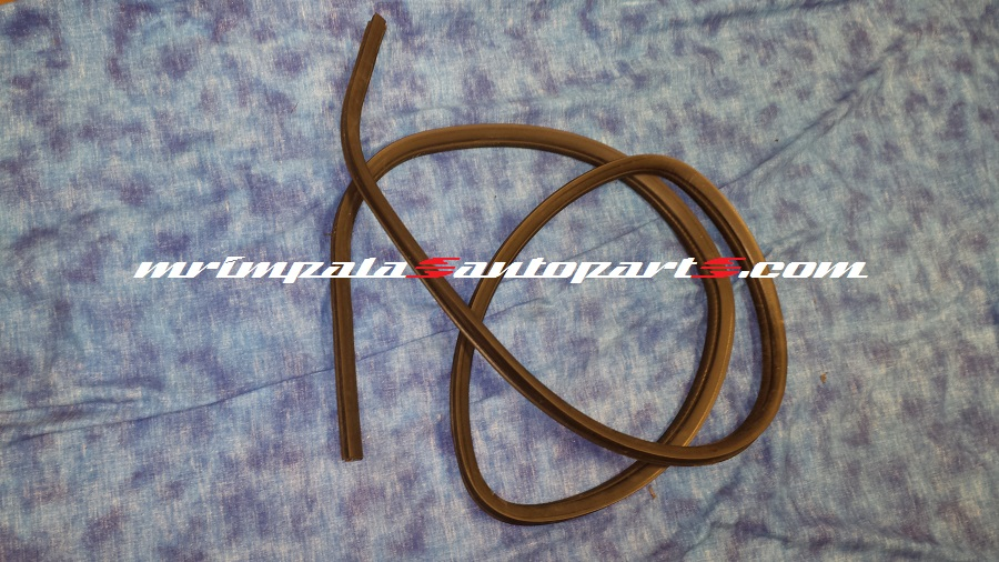 94 95 96 Impala SS Caprice Door Jamb Weatherstrip Right rear